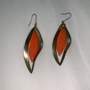 Jewelry - Orange and gold hang down earrings